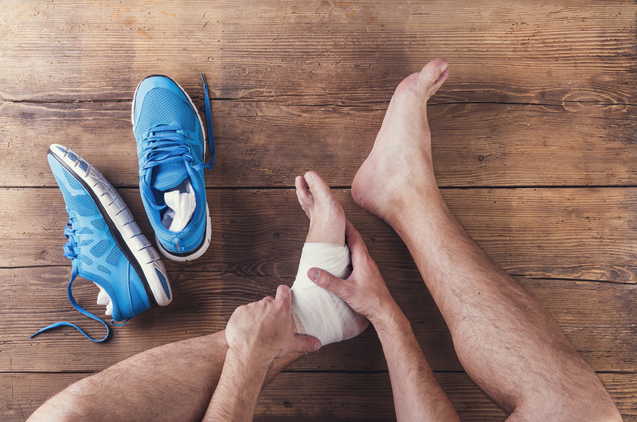 treating a sprained ankle